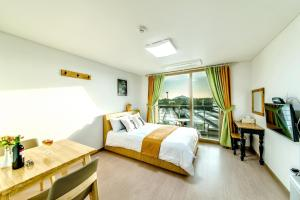 Dorami Pension, Case vacanze  Seogwipo - big - 8