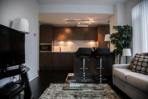 Corporate Ryan Suites DT Toronto, Aparthotels  Toronto - big - 3