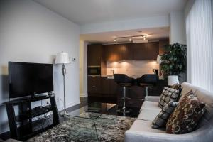 Corporate Ryan Suites DT Toronto, Aparthotels  Toronto - big - 8