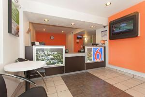 Motel 6 Davis - Sacramento Area, Hotely  Davis - big - 32