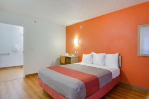 Motel 6 Tacoma South, Hotels  Tacoma - big - 40