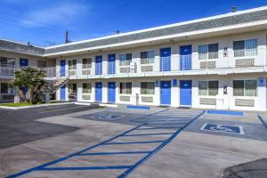 Motel 6 Phoenix Airport - 24th Street, Hotels  Phoenix - big - 58