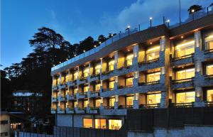 Marina, Hotely  Shimla - big - 1