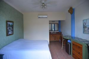 Budget double room 103