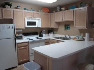 Grand Caribbean East Condo - Unit 309, Ferienwohnungen  Destin - big - 12