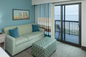 Executive Queen Suite with Two Queen Beds and Balcony - Ocean Front