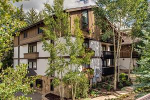 Valhalla Two-Bedroom Apartment Off-site in Vail Village