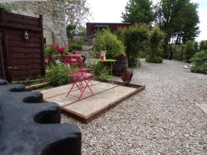 Les Troglos de Beaulieu, Bed and Breakfasts  Loches - big - 35