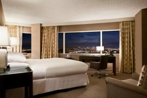 King Room with City View