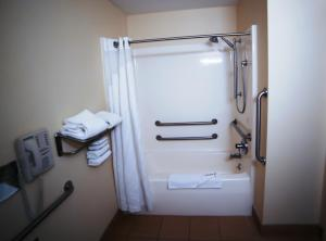 Superior King Room with Roll In Shower Disability Access Non-Smoking