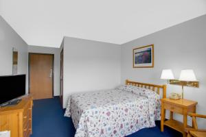 Room with Double Bed - Disability Access - Non-Smoking