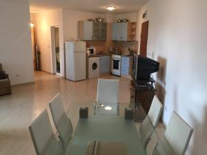 Mercury 3 Two bedroom Apartment EH, Apartments  Sunny Beach - big - 17