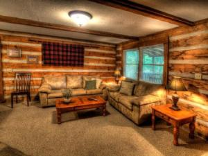 Honeymoon Hideaway Home, Case vacanze  Maple Springs - big - 3