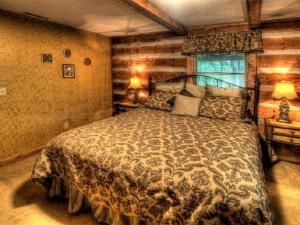 Honeymoon Hideaway Home, Case vacanze  Maple Springs - big - 9