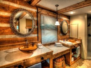 Honeymoon Hideaway Home, Case vacanze  Maple Springs - big - 12