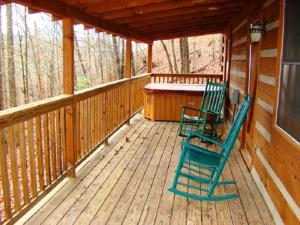 Honeymoon Hideaway Home, Case vacanze  Maple Springs - big - 13