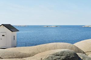 Holiday Home Lyse, Nyaralók  Lysekil - big - 6
