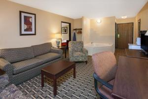 King Suite with Sofa Bed