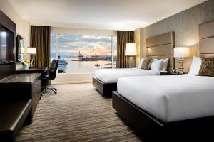 Signature Double Room with Harbour View