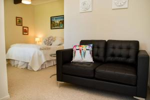 Swan House, Bed & Breakfasts  Martinborough  - big - 21