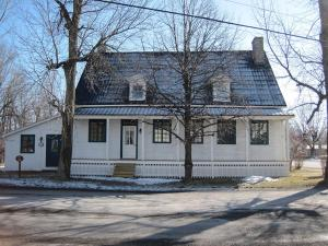 A la Croisée des Chemins, Bed & Breakfast  Saint-Jean-sur-Richelieu - big - 14