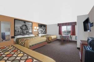Superior King Suite with Three King Beds - Non-Smoking