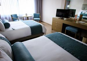 Double Room with Two Double Beds - Mobility Accessible