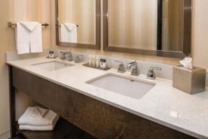 DoubleTree by Hilton Portland - Beaverton, Hotels  Beaverton - big - 12