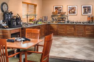 DoubleTree by Hilton Portland - Beaverton, Hotely  Beaverton - big - 22