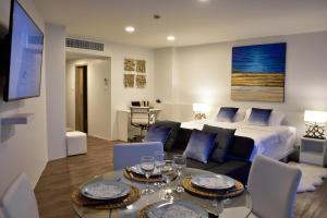 Sandy Beach Condo 15E, Appartamenti  Petchaburi - big - 33