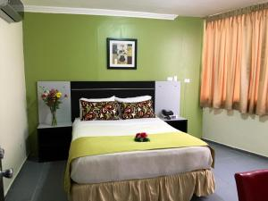 Standard Double Room (1 or 2 adults)