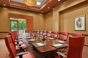 Embassy Suites Charlotte - Concord/Golf Resort & Spa, Hotely  Concord - big - 30