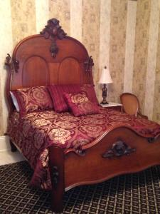 Governor's Family Suite