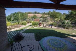 Country House Ca' Brunello, Holiday homes  Urbino - big - 16