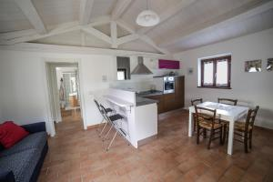 Country House Ca' Brunello, Holiday homes  Urbino - big - 24