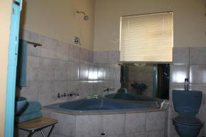 Deluxe King Room with Bath & Shower - Room 3