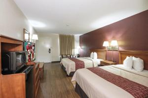 Deluxe Double Room with Two Double Beds - Non Smoking