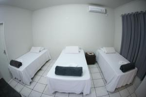Standard Triple Room (3 single beds)