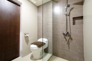 ZEN Rooms Makati Amorsolo, Hotely  Manila - big - 5