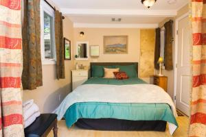 Anam Cara 2 - Economy Single Room