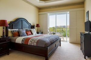 Two-Bedroom Suite with Island View