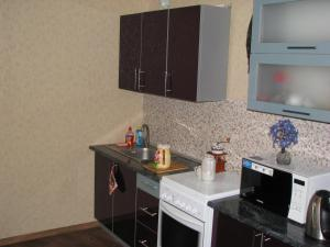 Apartment on vulica Adajeŭskaha 115, Ferienwohnungen  Minsk - big - 3