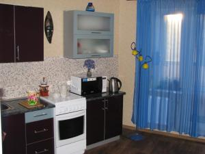 Apartment on vulica Adajeŭskaha 115, Ferienwohnungen  Minsk - big - 2
