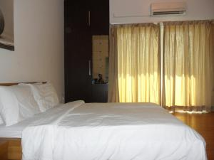 Private Unit At Maytower Serviced Apartment