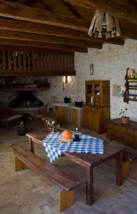 Stancija Mihetini, Country houses  Tinjan - big - 62