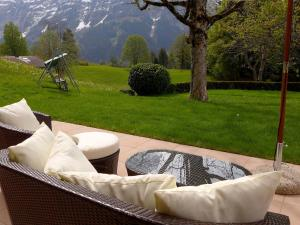 Apartment Chalet Jrene, Apartmány  Grindelwald - big - 21