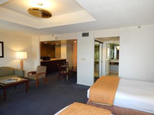 Business Suite with Two Double Beds
