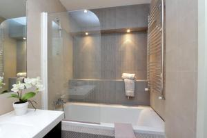 St. Peter Station Apartment Barzellotti, Апартаменты  Рим - big - 7