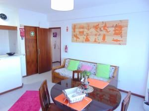 Low Cost Apartment, Apartmány  Peniche - big - 9