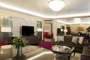 One-Bedroom Suite - Executive Lounge